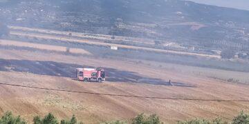 Αμφιλοχία: Σε εξέλιξη κινητοποίηση της Πυροσβεστικής για φωτιά στη θέση Παλιαυλή (φωτο)