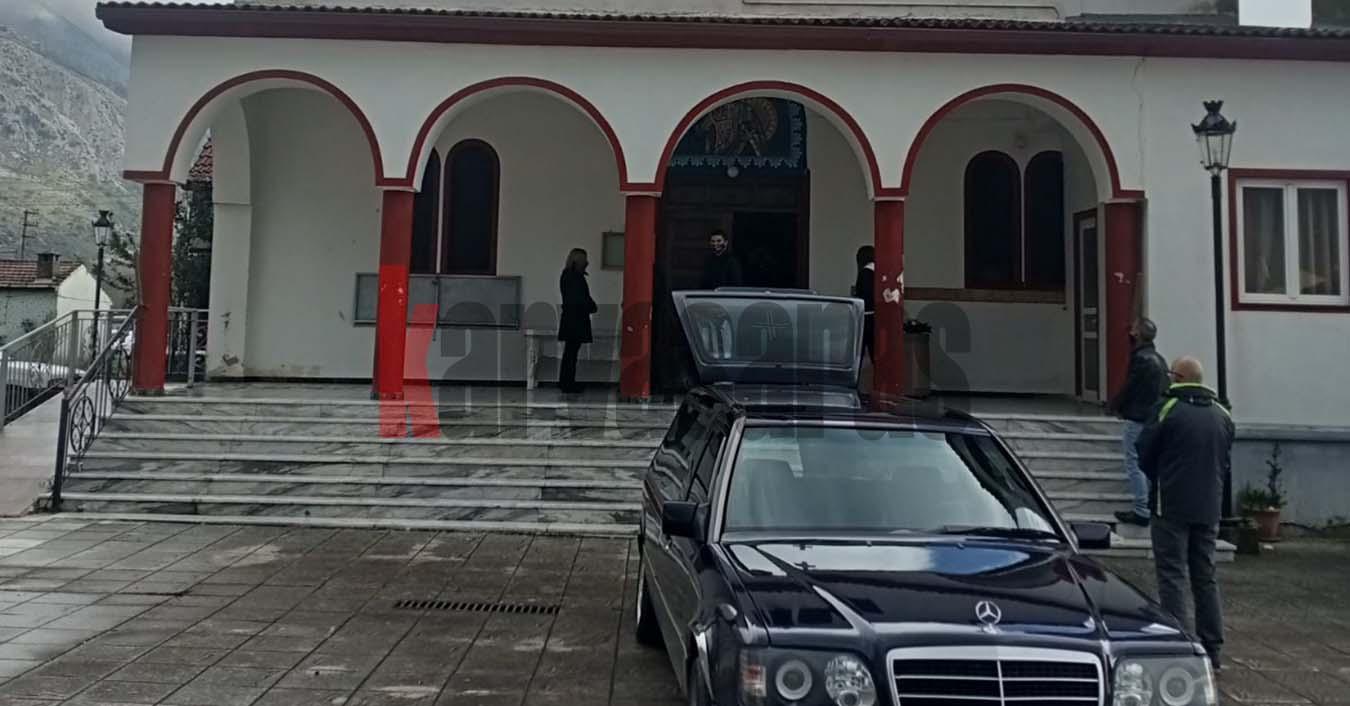 Χαλκιόπουλο: Το τελευταίο αντίο στον 91χρονο που δολοφονήθηκε μέσα στο σπίτι του (φωτο)