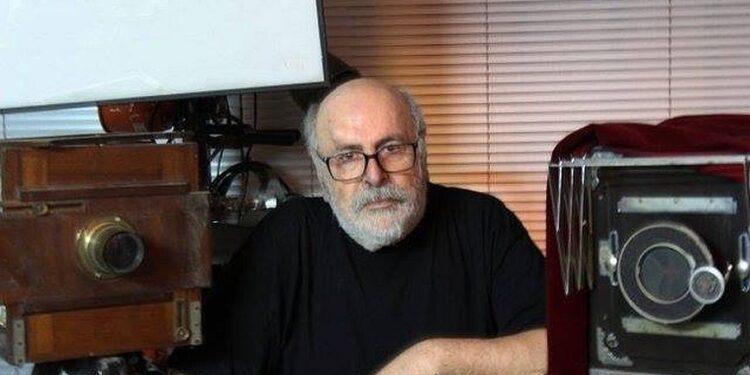 Πέθανε ο φωτορεπόρτερ των διασήμων Δημήτρης Αλεξιάδης